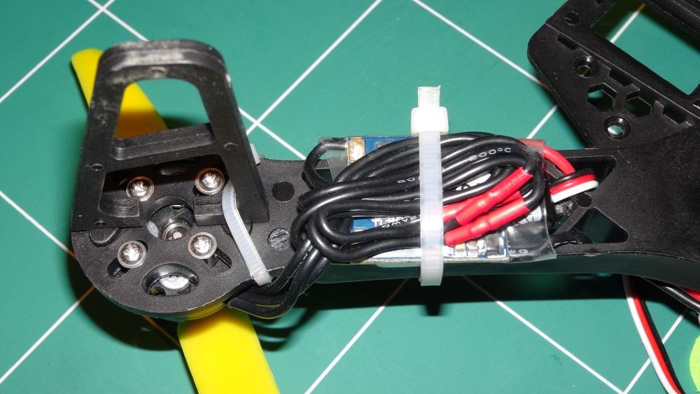 Montage du Quad HK250 L (3/6)